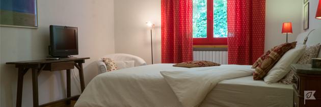 Villa-Moni-Pesaro-Room2-banner2